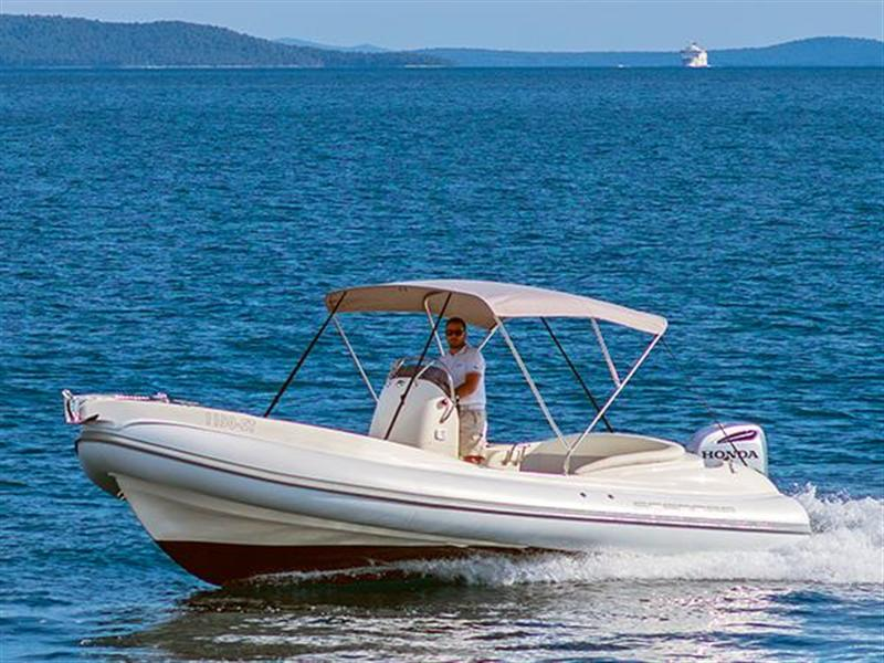 Rent a boat for the day or half of the day Rogoznica